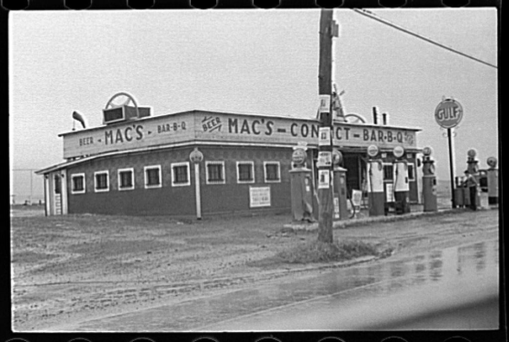 """Connellsville, """"Convict's Barbeque"""" outside Uniontown, Pennsylvania"""