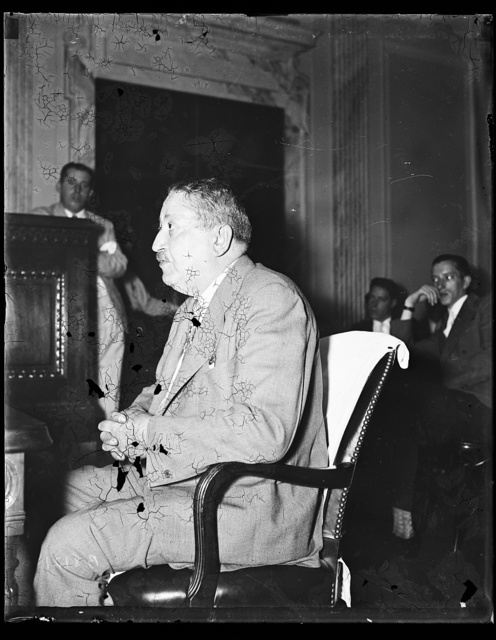 Didn't send telegram. [...] John S. Bayer, Watten P[...] testifies Wednesday before Senate lobby investigation that he didn't send one of the purported anti-holding Co. bill wires to Congressman Driscoll. Bayer's name was signed to the telegram, one of many said to have been selected from the telephone director of Warren, Pa. 7/17/35