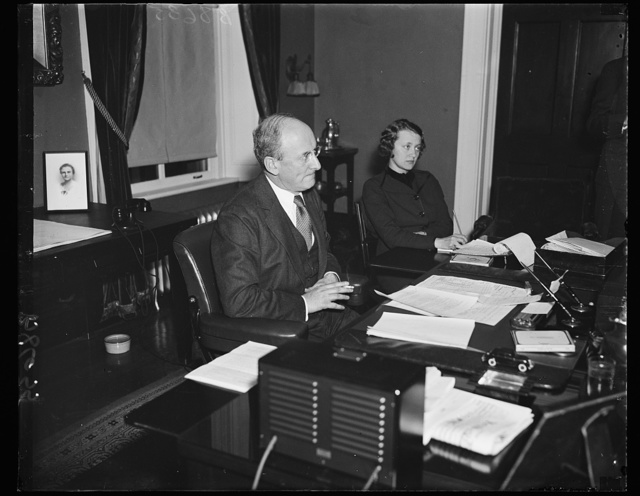 Firm financeer. Sec. Henry Morgenthau, Jr., photographed at a press conference where he answered questions concerning the pending financing. Among other things, the administration says that the carrying-charge on the bonded debt of the United States has been reduced materially under the leadership of Sec. Morgenthau in the Treasury. 12/3/35