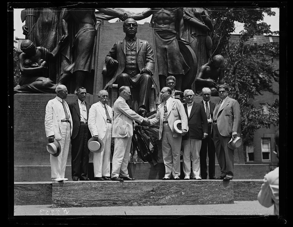 [Group at Samuel Gompers Memorial. Left to right: John P. Frey, Arthur O. Wharton, Santiago Iglesias, Resident Commissioner of Puerto Rico, William Green, Luis Morones, Frank Morrison, Philip Murray, and John L. Lewis. Washington, D.C.]