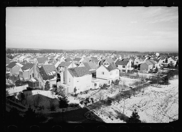Model homes community, Radburn, New Jersey