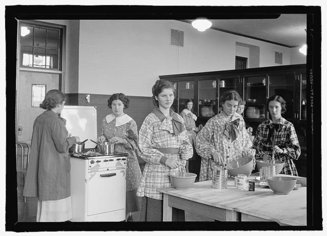 Montgomery Blair High School [Silver Spring, Md.], 1935, cooking class