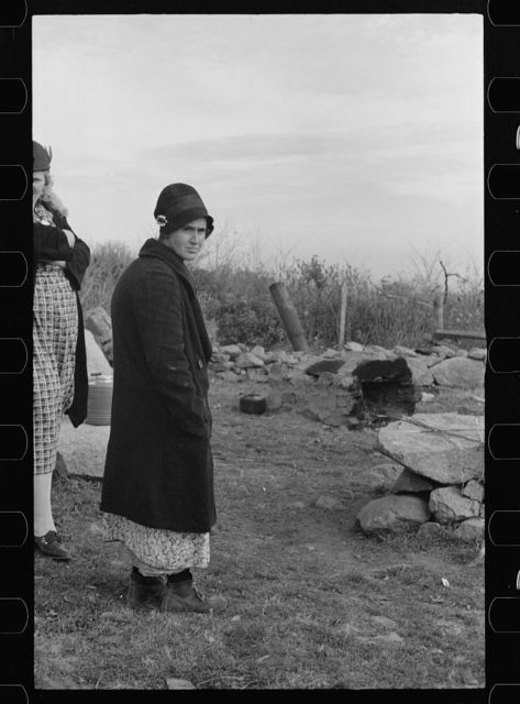 Mrs. Eddie Nicholson, who frequently goes to the nearby resort to beg, Shenandoah National Park, Virginia