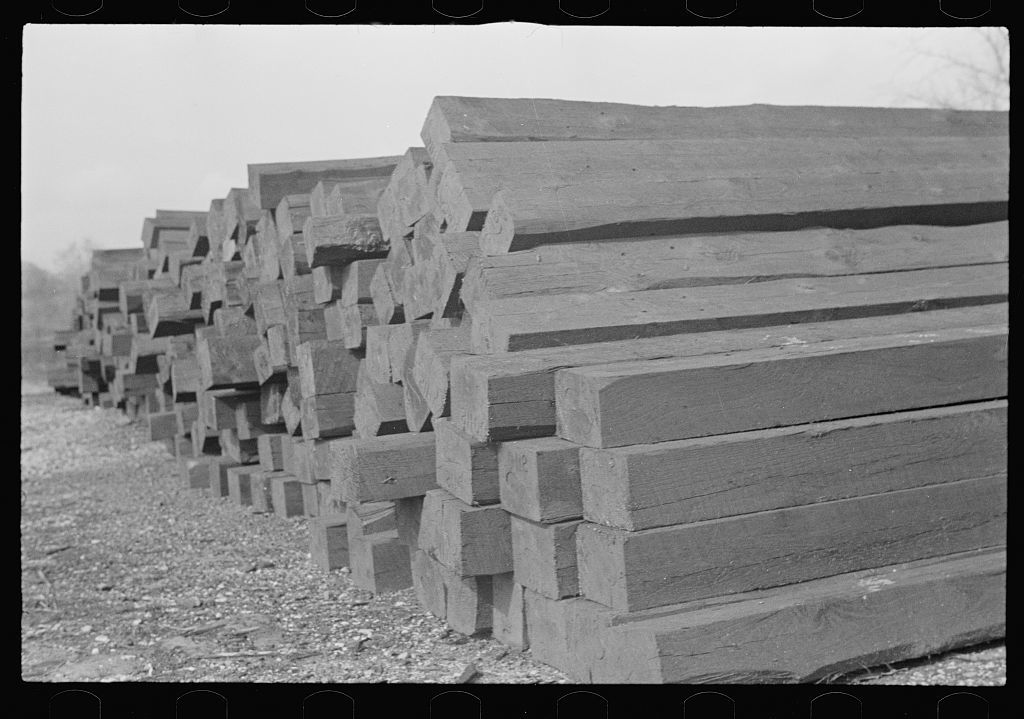 Railroad ties painted with creosote, Brown County, Indiana - PICRYL
