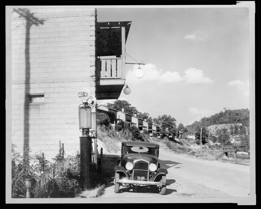 Scott's Run mining camps near Morgantown, West Virginia