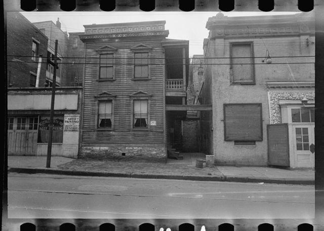 Structures housing poor whites and blacks, Hamilton County, Ohio