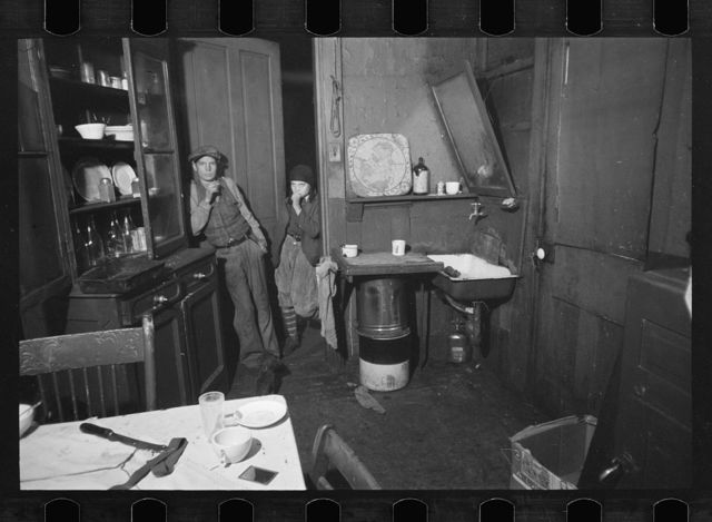 Tenement kitchen, Hamilton Co., Ohio