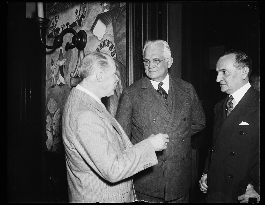 Three of a kind. These ministers of Latin American countries photographed at the Mexican Embassy. From the left: Don Manuel Gonsales Zeledon of Costa Rica; Don Pedro M. Arcaya of Venezuela, and Don Enrique Bordenave of Paraguay, 10/21/35