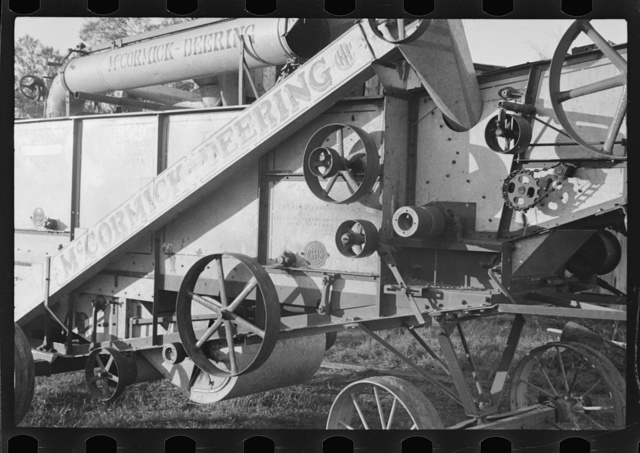 Threshing machine on Case plantation, Pulaski County, Arkansas
