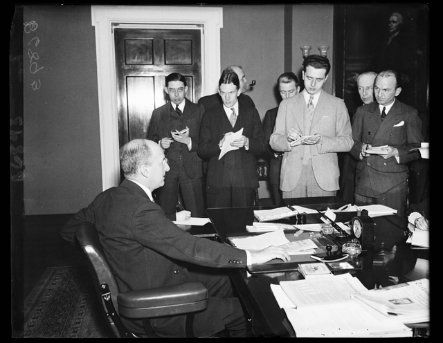 Treasury press conference. This photograph, the first of its kind, shows Secretary Henry Morgenthau meeting the press. The correspondents, all members of Treasury Correspondents Ass'n., maintain a close contact with the head of the Treasury department. 1/17/35