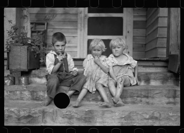 Alabama photographs - Farm Security Administration / Office of War Information Photograph.