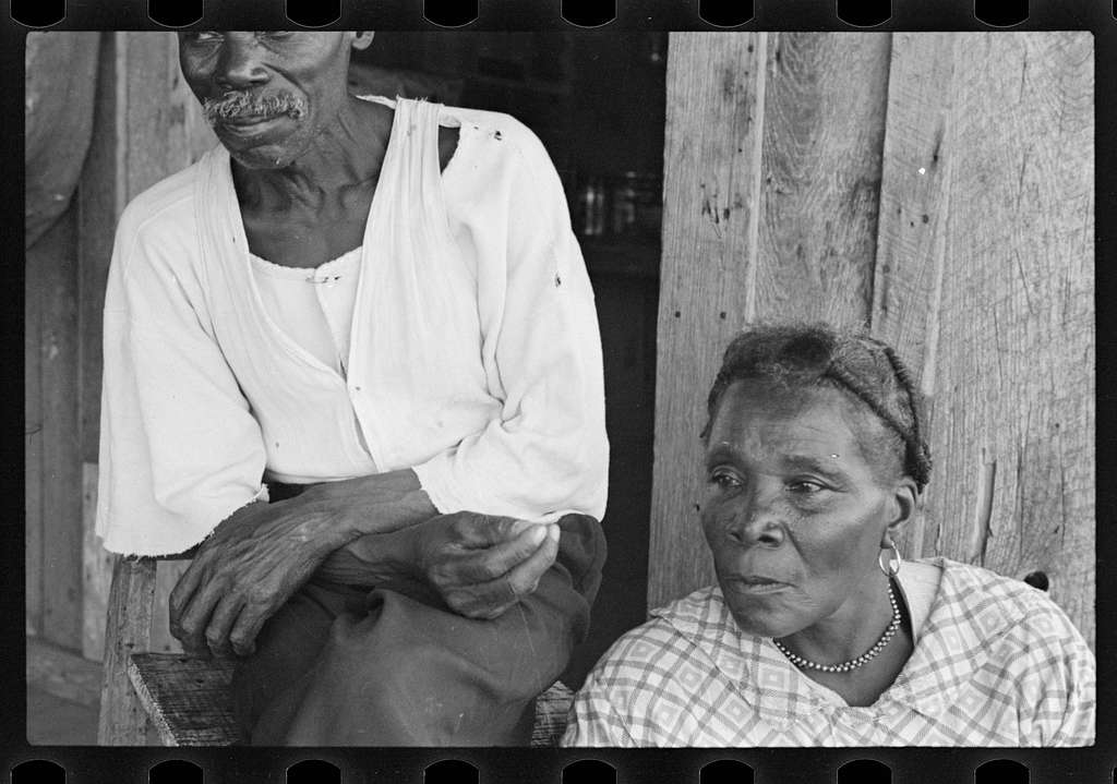 Untitled photo, possibly related to: Sharecroppers, Pulaski County, Arkansas