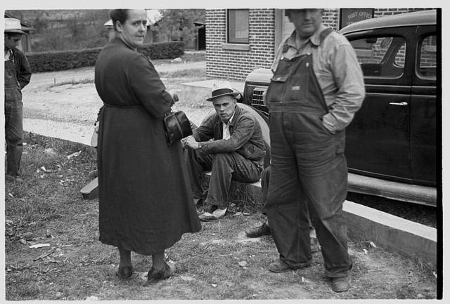 Tennessee photographs - Farm Security Administration / Office of War Information Photograph.