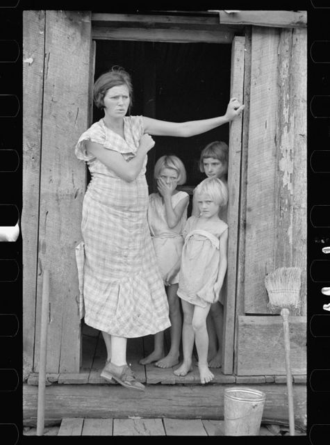 Wife and children of sharecropper in Washington County, Arkansas