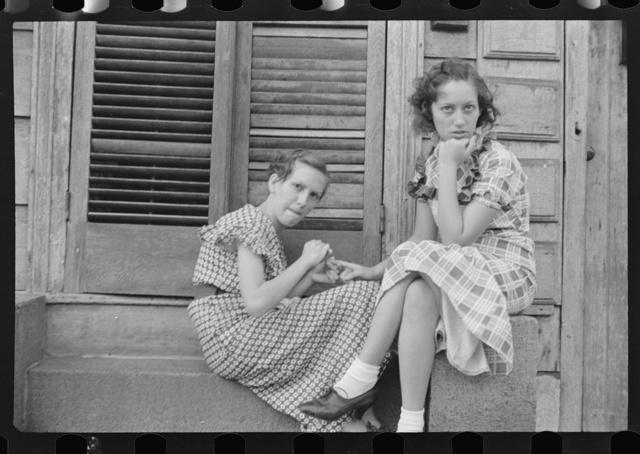 Young residents at Amite City, Louisiana