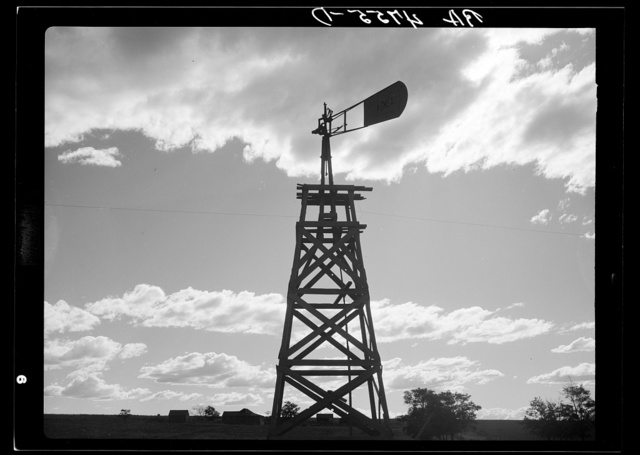 A broken-down windmill on a ranch bought by Resettlement Administration as a part of the Central Oregon grazing project. The extreme depth of these wells made many of them impractical
