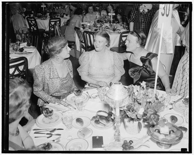 Alice Longworth, Dorothy Thompson and Mrs. Eugene Meyer