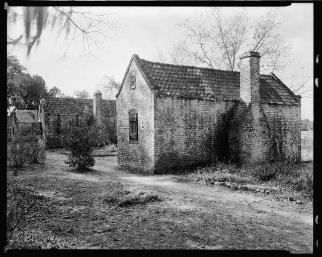 [Christ Church parish(?), Boone Hall cabins, slave quarters(?), Charleston Co., South Carolina]
