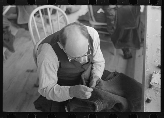 Closeup of tailor, Jersey Homesteads garment factory, Hightstown, New Jersey