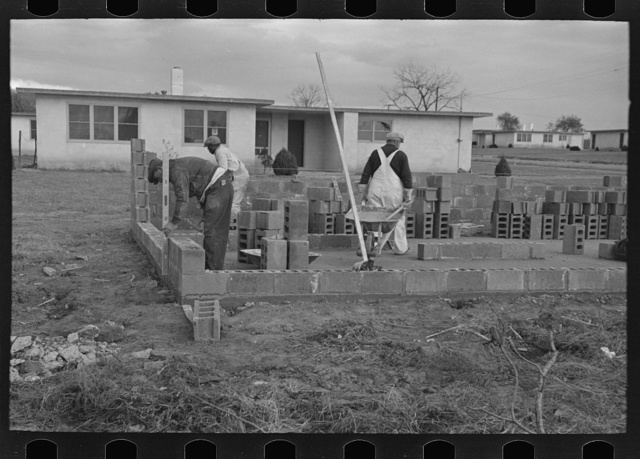 Construction of houses, Jersey Homesteads, Hightstown, New Jersey