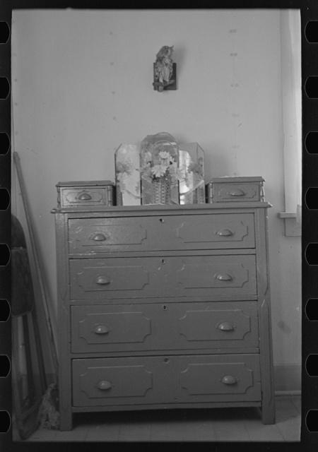 Corner bedroom in Clifford Blum's farmhouse near Terril, Iowa