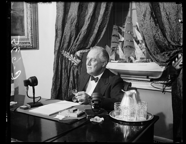 FDR [Franklin Delano Roosevelt] AFTER RADIO BROADCAST FOR COMMUNITY CHEST