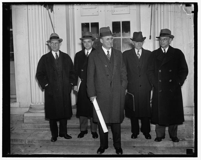 [Group at White House; Henry Morgenthau? center]