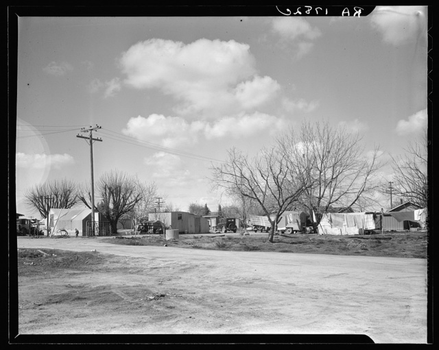 Housing for Oklahoma refugees. California, Kern County