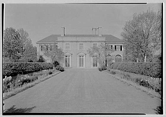 Howard Phipps, residence in Westbury, Long Island. House over garden II