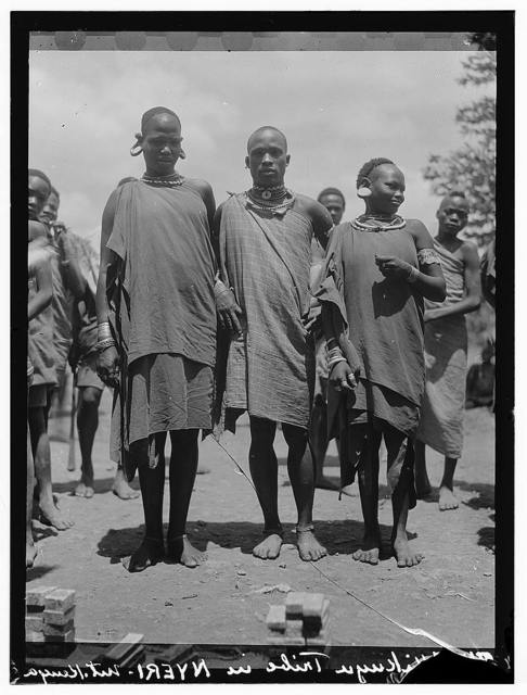 Kenya Colony. Karatina. Wakikuyu types. Men and women