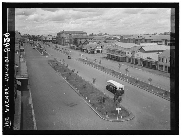 Kenya Colony. Nairobi. Sixth Avenue. Main thoroughfare