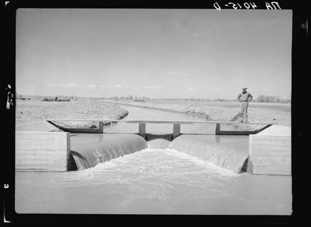 Main irrigation canal. Bosque Farms, New Mexico
