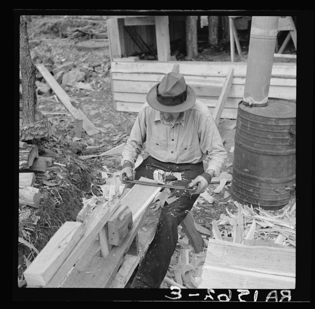 """Making """"shakes"""" (hand-made shingles) at Chopawamsic recreational project, Virginia"""