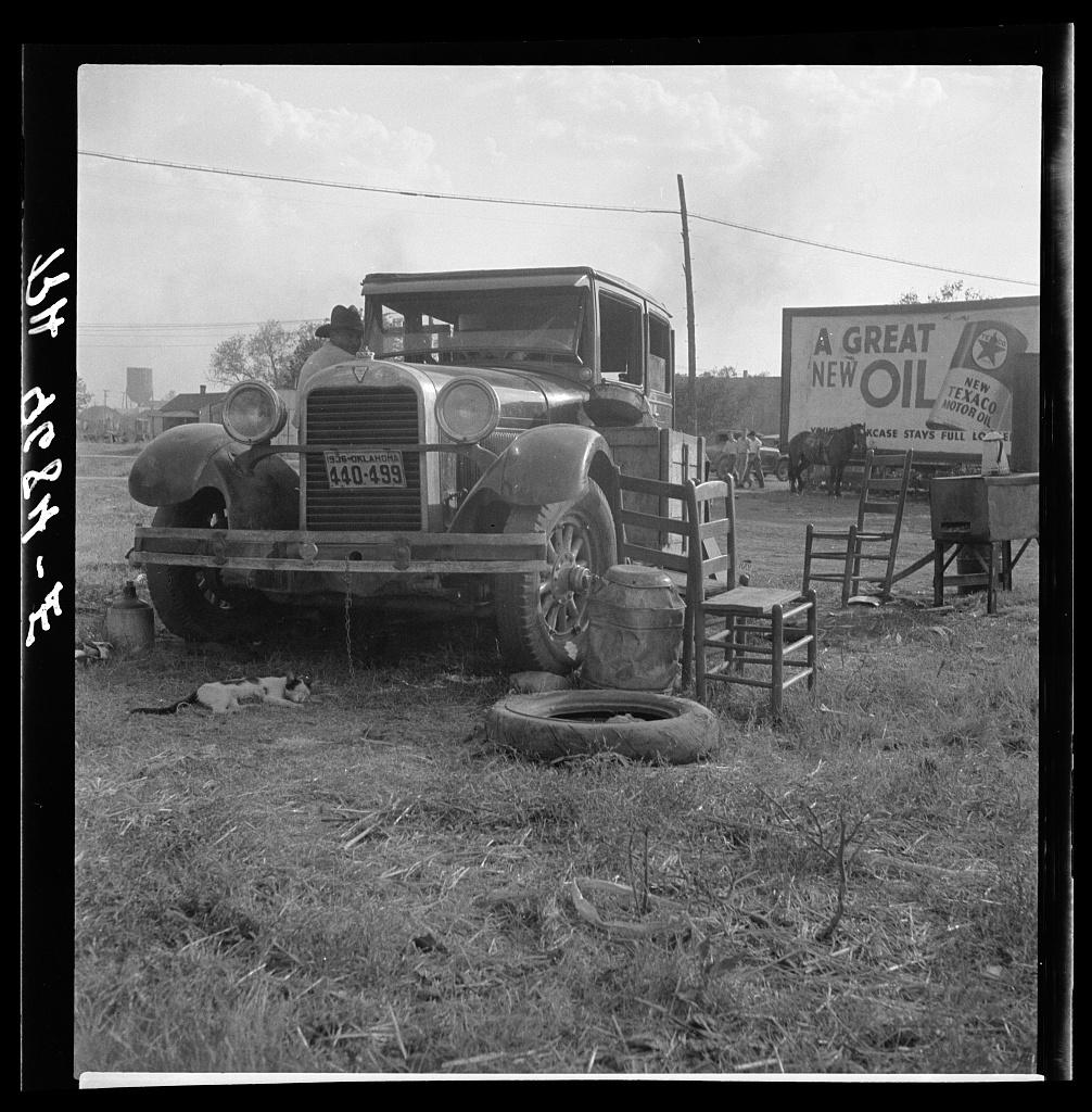 On the move. Wagoner, Wagoner County, Oklahoma