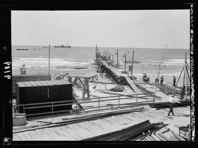 Palestine disturbances 1936. The Tel-Aviv jetty in the early stage of construction