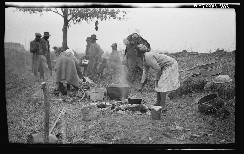 Parkin (vicinity), Arkansas. The families of evicted sharecroppers from the Dibble plantation. Were legally evicted the week of January 12, 1936. The plantation having charged that by membership in the Southern Tenant Farmers' Union they were engaging in a conspiracy to retain their homes, this contention being granted by the court. The evictions, though at the point of a gun, were quite legal