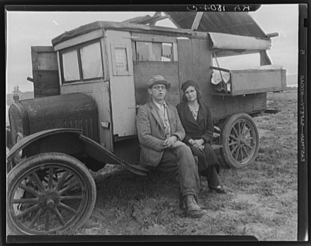 """Pea pickers in California. """"Mam, I've picked peas from Calipatria to Ukiah. This life is simplicity boiled down."""" California"""