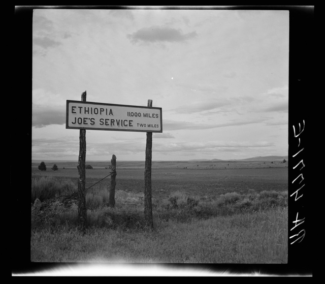 Sign on highway near Madras, Oregon