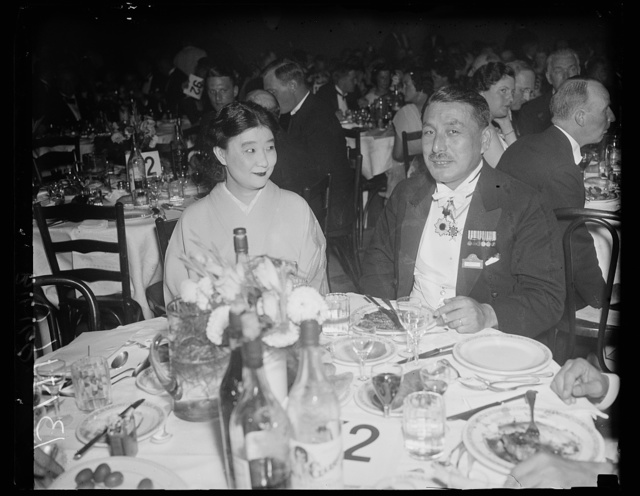 The Mikado's representative, Washington, D.C., September 11. Mr. and Mrs. Hiromitsu Yanagihara, Captain of the Imperial Japanese Navy and Inspector-in-Chief of the Naval Inspectors office snapped at the World Power Conference Banquet at Union Station last night