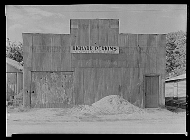 Tin building. Moundville, Alabama