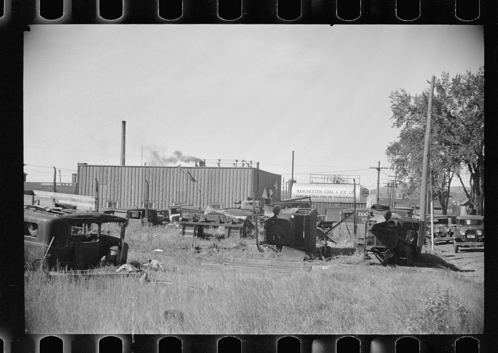 Untitled photo, possibly related to: Manchester jail, Willon and Valley Street, Amoskeag, Manchester, New Hampshire