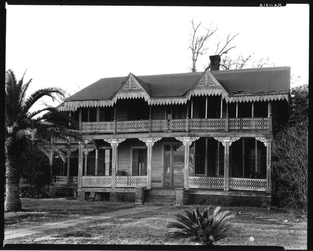 Victorian cottage. Waveland, Mississippi