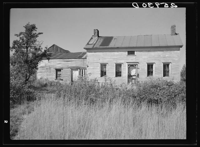 Abandoned farmhouse. Land use project. Albany County, New York