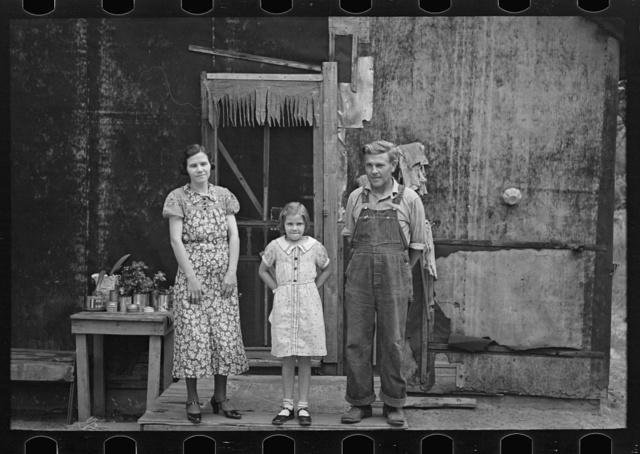 Family of Henry McPeak, near Black River Falls, Wisconsin