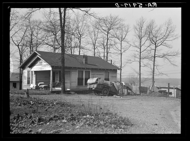Home of C.L. Eargle. Fairfield, Alabama. This house is being vacated. The family is moving to Gardendale, Alabama