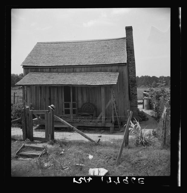 Home of turpentine worker near Godwinsville, Georgia
