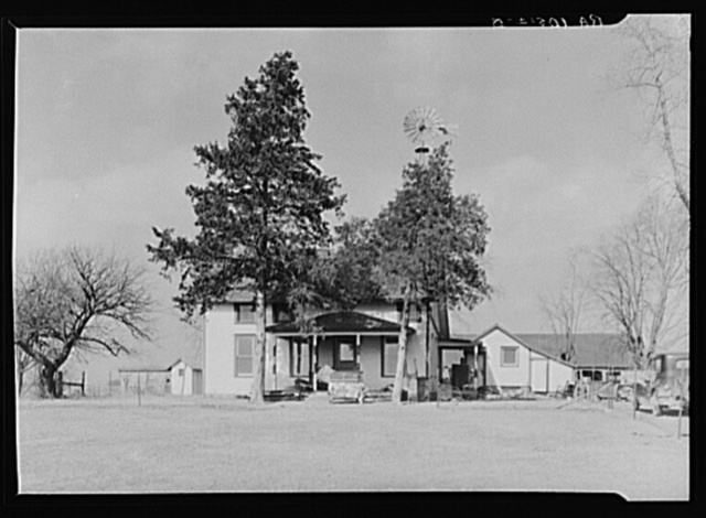 House on farm to which Charles Miller is moving. Northeast of Fowler, Indiana. A hired man for the past twelve years, Miller has now rented a farm to work himself