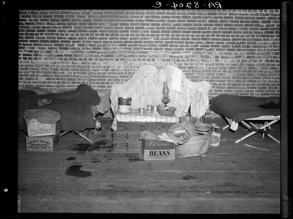 Household goods of a Negro flood refugee in the temporary infirmary. Forrest City, Arkansas