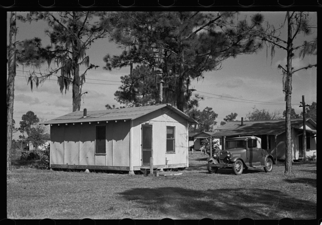 Housing in a tourist camp for citrus workers, near Winter Haven, Florida
