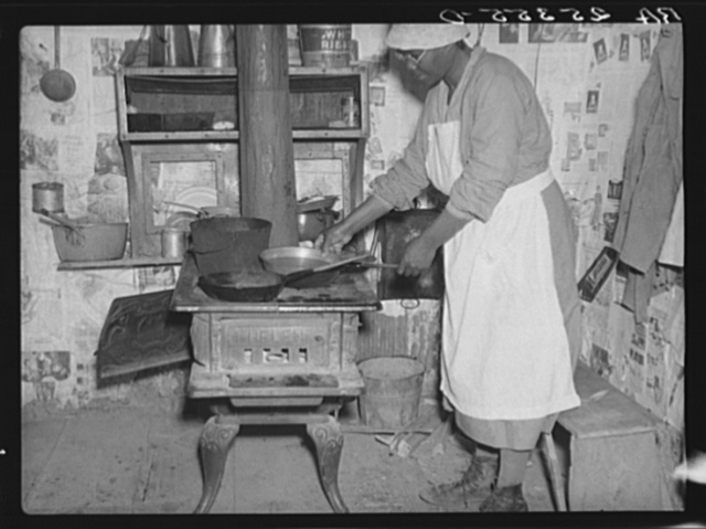 Lucy, former cook for the Pettways. Gees Bend, Alabama